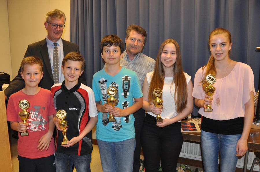 Ehrung Pokalsieger 2016 - Jungen U12 und M�dchen U15